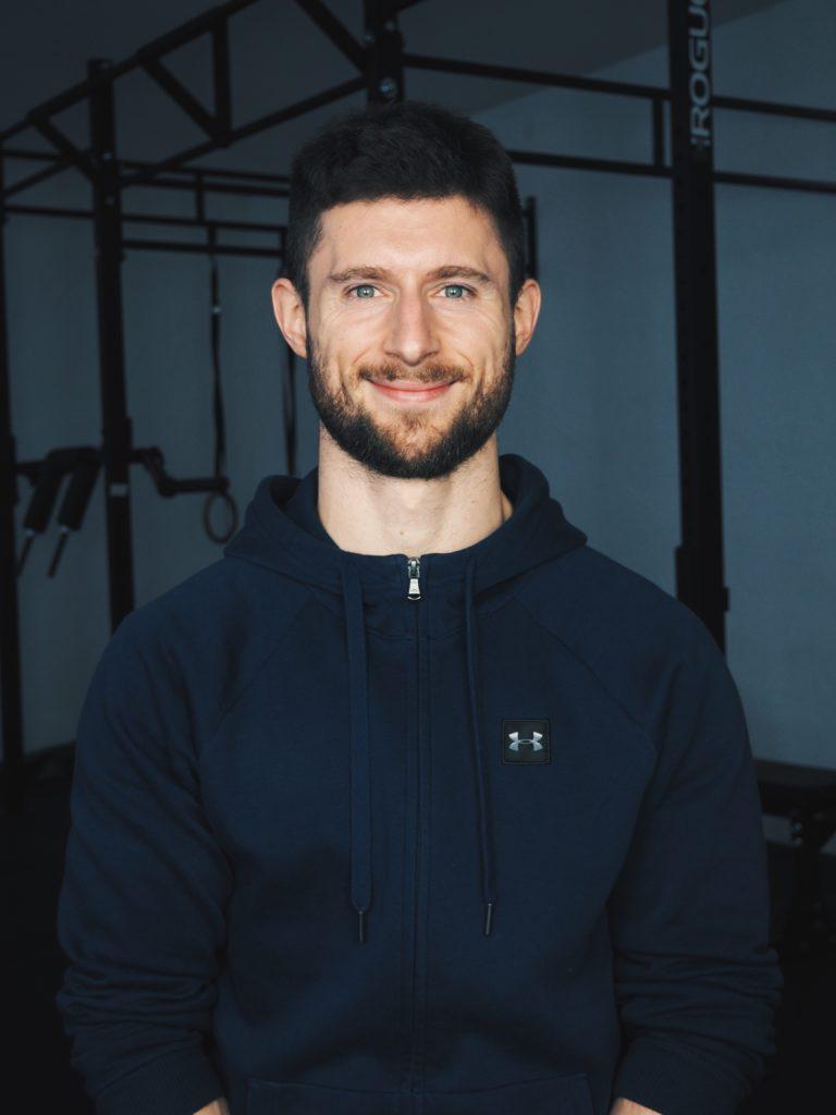 Team Kraftbasis Stuttgart Florian Dieskau Physiotherapie Training Athletenbetreuung